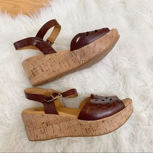 Korks Korks Ease Brown Leather Cork Wedge Sandals
